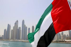 الإمارات تعلق منح تأشيرات لمواطني 13 دولة من ضمنها سوريا.. إليكم التفاصيل كاملة