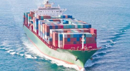 النقل تشكل لجنة لتعديل القانون الخاص بتسجيل السفن وحركتها