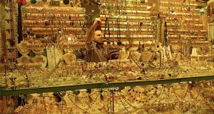 أسواق الذهب في حلب تسجل مبيعات 7 كيلو يومياً..وضبط أمرأة تقوم ببيع الذهب المزور