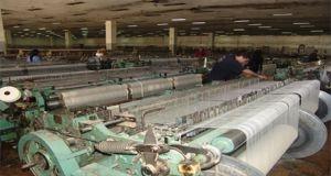 إنتاجها بلغ 8.5 مليار ليرة..المؤسسة النسيجية تشكو انقطاع الكهرباء المستمر