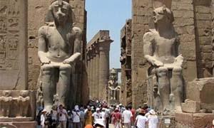 مصر.. الموازنة تفقد مليار دولار بسبب السياحة
