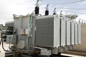 وزارة الكهرباء توقع عقداً جديداً لإستيراد محولات كهربائية