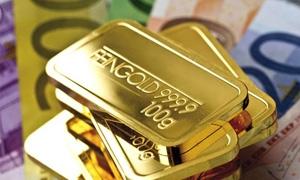 الذهب يرتفع لاعلى مستوياته والدولار لادنى مستوياته في 7 اشهر