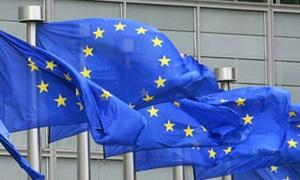 ستاندرد اند بورز تخفض التصنيف الائتماني للاتحاد الأوروبي