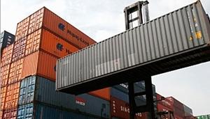 تقرير: انخفاض قيمة صادرات سورية 80%.. وزيادة في تصدير المواد الخام بنسبة 23%
