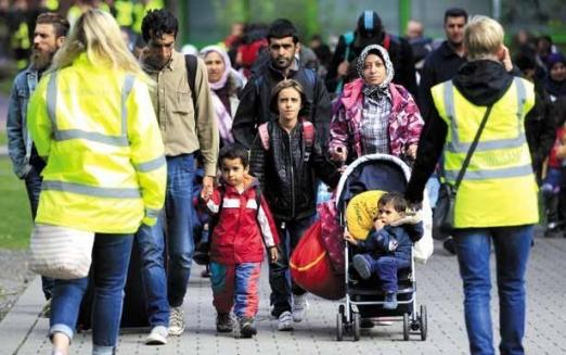 كيف دمّرت الهجرة أسراً سوريّة؟ ولماذا ترتفع مُعدّلات الطلاق بين اللاجئين الى أوروبا؟