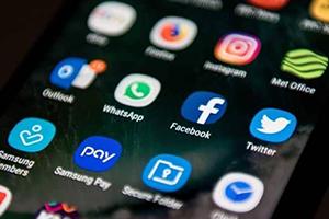 كم الوقت الذي يمضيه المستخدمون على التواصل الاجتماعي؟ وماذا يفعل العرب؟