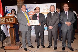 وزير الاقتصاد يكرم الدولية للتقنيات على النجاح الذي حققه تطبيق معرض دمشق الدولي للأجهزة الذكية