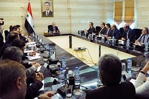 اجتماع حكومي برئاسة خميس مع اتحاد المصدرين لمناقشة التصورات المستقبلية ومواجهة التحديات