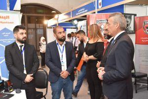 رجال الأعمال يعانون في ثاني أيام معرض دمشق الدولي!
