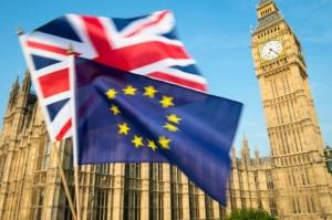 موديز تخفض توقعاتها الائتمانية لبريطانيا بعد الخروج من الاتحاد الأوروبي