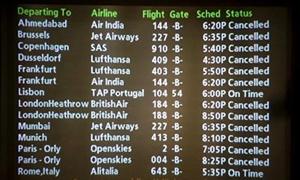 إلغاء مئات الرحلات الجوية في إسبانيا وبريطانيا واحتجاجات ضد سياسات التقشف تجتاح أوروبا