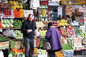 أسعار الخضار والفواكه في سورية تقفز بعد إفتتاح معبر نصيب..والحكومة تنقي: ( حالة مؤقتة)