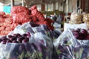 لبنان يصادر منتجات زراعية سورية ويزيد من تشديده على دخول التجار