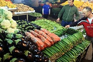 تقرير إحصائي: أسعار المواد الغذائية في سورية ارتفعت لأكثر من 9 أضعاف منذ العام 2011