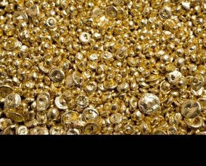 الاقتصاد تسمح للصاغة بإخراج الذهب وبيعه وإحضار كميات بديلة من الخام...الصاغة: الدولار بـ65 ليرة سورية نهاية نيسان الجاري