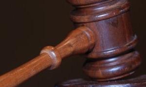 البدء  بأتمتة العمل القضائي والإداري في وزارة العدل وإداراتها