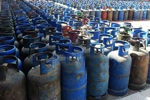 التلاعب بوزن وثمن اسطوانات الغاز.. و وزارة التموين تتدخل