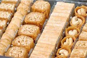 مع اقتراب العيد ..أسعار الحلويات تتراوح بين 2800 إلى 6500 ليرة للكيلو