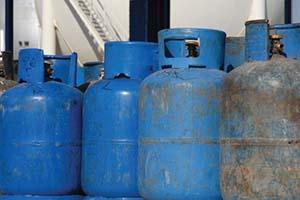 يحدث لدى معتمدو الغاز في طرطوس.. كل إسطوانة غاز واحدة تساوي إثنتين!!