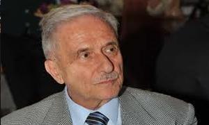 رئيس غرفة تجارة دمشق: المطلوب من المركزي توزيع القطع الأجنبي بالعدل..ولايجوز إعطاء كميات هائلة للبعض؟
