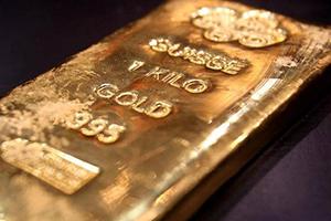 الذهب يتماسك فوق المستوى المهم البالغ 1500 دولار