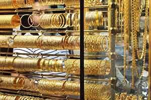 أسعار الذهب في سورية ترتفع بنسبة 100 بالمئة خلال عام واحد.. و دولار الذهب يقفز 71%