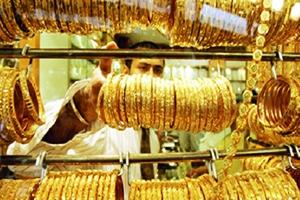 السوريون دفعوا 600 مليون ليرة رسم إنفاق استهلاكي على مشتريات الذهب في 6 أشهر..والحكومة تطالب بالمزيد