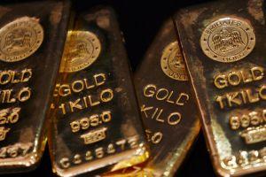 الذهب يعاود الصعود مع هبوط الدولار عالمياً... لهذا السبب