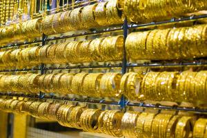 إستمرار الصعود القياسي.. غرام الذهب في سورية يقفز إلى 190 ألف ليرة و الأونصة بحدود 7 ملايين