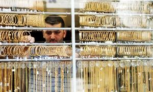 صاغة دمشق  يتوقفون عن بيع الذهب بشكلاً مطلق حتى يستقر الدولار تجنباً للخسارة