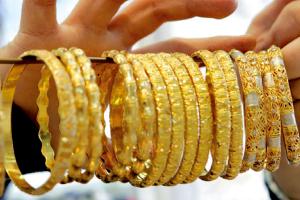 رسمياً.. غرام الذهب في سورية يرتفع 20 ألف ليرة منذ بداية العام والأونصة تقفز 721 ألفاُ