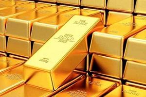 الذهب يهبط إلى أدنى مستوى له في شهر