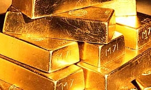 الذهب يتراجع عن أعلى مستوياته في اربعة اشهر ونصف الشهر