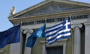 وزير: فرنسا لن تسقط ديون اليونان