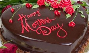 عيد الأم في سورية..غياب لهدايا الذهب..وباقة الورد بـ9 آلاف وقالب الكاتو بـ5 ألاف ليرة