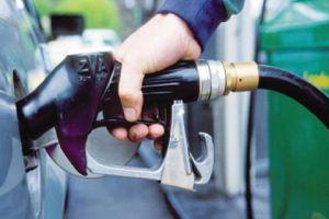 في دمشق: انخفاض الازدحام أمام محطات الوقود وتراجع استهلاك البنزين 5%