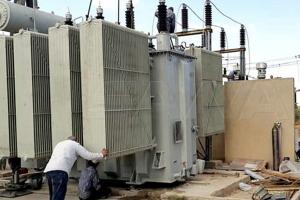 في حماة.. إعادة تأهيل و تشغيل 202 محولة كهربائية