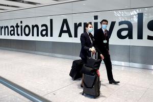 أعداد المسافرين في مطار هيثرو البريطاني تهوي بنسبة 73% في 2020