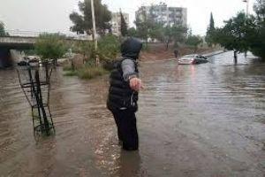 متنبئ جوي: النصف الأول من أيار يحمل هطولات مطرية غزيرة