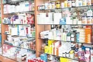 نقيب صيادلة سوريا: طلبنا من نقابة الأطباء عدم وصف أدوية أجنبية