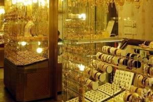 غرام الذهب يهبط بقيمة  12 ألف ليرة سورية والأونصة تهوي دون الـ 7 ملايين ليرة