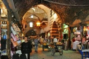 حلب: 32 مراقباً تموينياً فقط للتصدي للمخالفات في حلب!