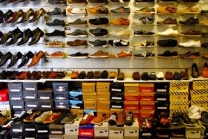 الأحذية.. حركة السوق في اللاذقية شبه متوقفة