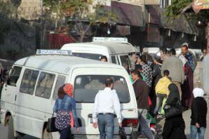 مخالفات بالجملة..سرافيس ريف دمشق لا يعلنون عن التعرفة ولا يلتزمون بها