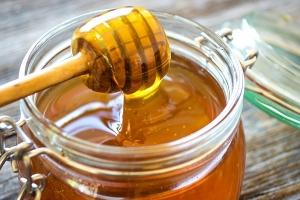 سوريا.. إنتاج ألفي طن من العسل منها 500 طن نقي فقط