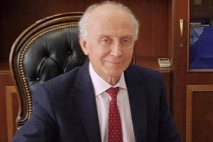 العميد السابق لم يبلَّغ بالقرار.. تعيين عميد جديد لكلية الطب في جامعة دمشق