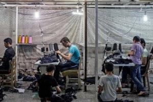 نحو 30% من العمال السوريين في تركيا فقدوا أعمالهم إثر كورونا