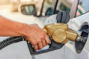 اعتباراً من أول تموز.. تعديلات في آلية توزيع البنزين والمازوت في سوريا