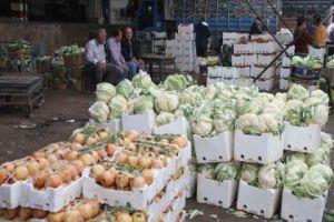 إزالة البسطات من دمشق ادى إلى تلف كميات كبيرة من الخضار في سوق الزبلطاني